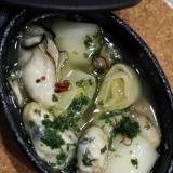 牡蠣と長葱のアヒージョ
