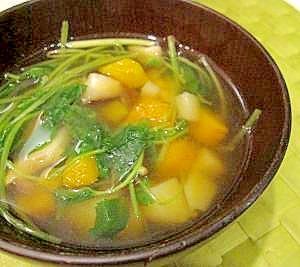 ちょいアジアン♪三つ葉のスープ