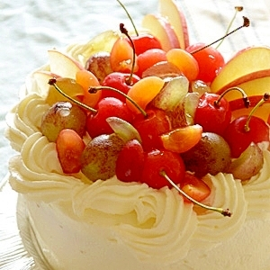 豪華!夏のフルーツ満載☆サマーデコレーションケーキ