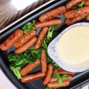 ウインナーとブロッコリーのチーズフォンデュ