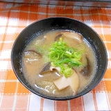 茄子と椎茸のお味噌汁