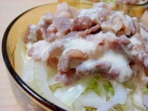 味付豚肉で冷しゃぷサラダ