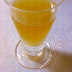 ☆。白ワインと麦茶のカクテル☆。.:*:・'゜★