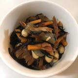 厚削り鰹節でひじきの煮物