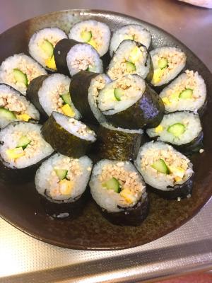 鶏ムネ肉のそぼろ巻き寿司★