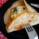 とろーりチーズのそば粉ガレット、シーチキン・ニソワ
