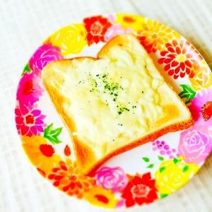 簡単朝食☆マヨチーズトースト