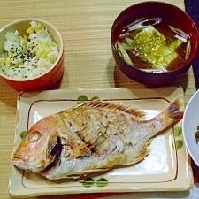 豆腐とトロロ昆布のお吸い物