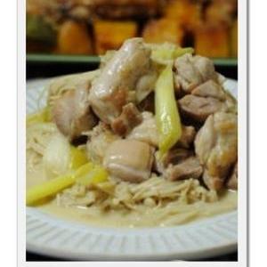 ポン酢でさっぱり!鶏肉をネギのマヨポン炒め。