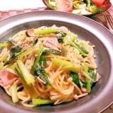 小松菜とベーコンとえのきの和風パスタ