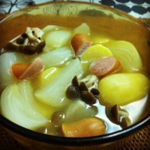 茹で鶏のスープでつくるポトフ