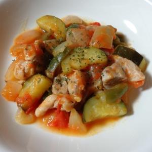簡単に!鶏肉と野菜のトマト煮