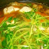 豆苗たっぷりキムチ鍋