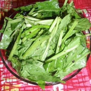 サラダほうれん草のヴィネガーサラダ