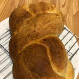 バターたっぷりのパン
