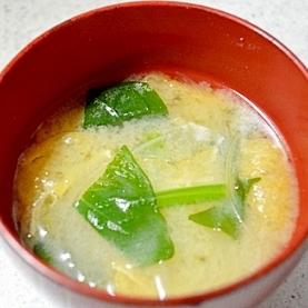 ほうれん草☆玉ねぎのお味噌汁