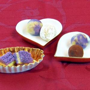 サツマイモとムラサキイモのチョコトリュフ