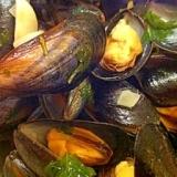 おフランスな旦那が作る『ムール貝のワイン蒸し』