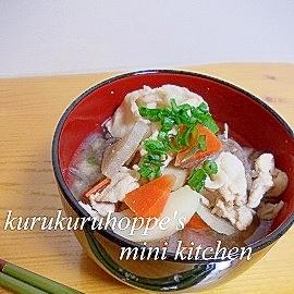 余りもの野菜でおいしい豚汁☆