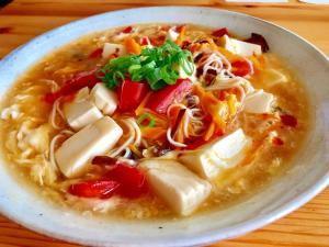 余り素麺でにゅうめんを☆お素麺の酸辣湯麺