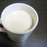 簡単にできるカルーアミルクの作り方