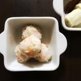 離乳食後期☆鮭とごまの軟飯おにぎり