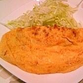 ひき肉とチーズのシンプル・オムレツ