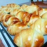 自家製ロールパン