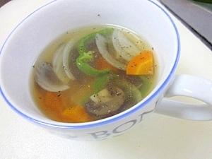 マッシュルームの野菜スープ コンソメ味