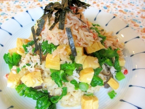 カニと菜の花の散らし寿司