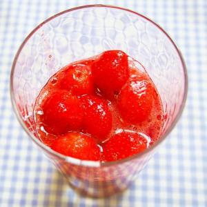 イチゴのあっさり簡単ジャム♪甘さ控えめ♪