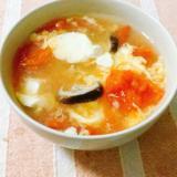 トマトと豆腐の酸辣湯風スープ