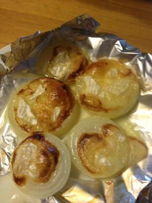 玉ねぎのカマンベールチーズ焼き