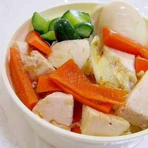お弁当に♪レンジで簡単♪温野菜と鶏ハムのおかか和え