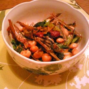 豆と煮干しの炒め物