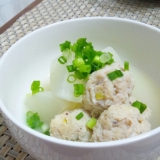 ホタテ入り鶏団子と大根の煮物