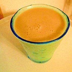 美味しい♪フルーツMIXジュースで豆乳コーヒー☆