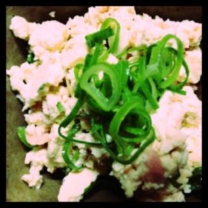 鮭と豆腐の和え物