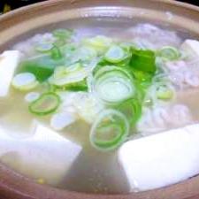寒い夜には最高!白子湯豆腐