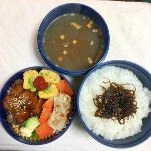 2017.3.11肉団子と焼売ブロハム卵焼パパ弁♡