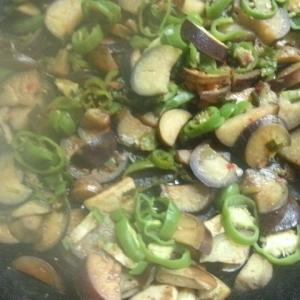 あまり野菜のトウバンジャンソテー