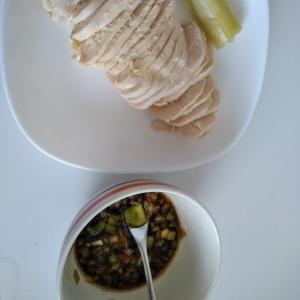 炊飯器の保温機能で絶品蒸し鶏