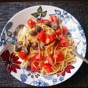 週末ランチ☆砂肝とトマトのペペロンチーノ
