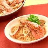 フライパン一つでできる!魚介と根菜の和風パエリア