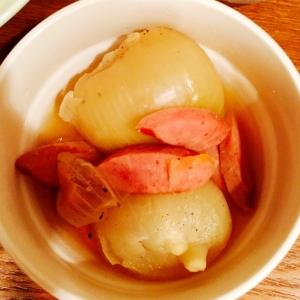 炊飯器使用☆玉ねぎとソーセージのスープ