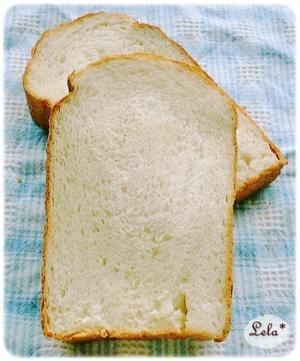 中力粉ブレンドの食パン