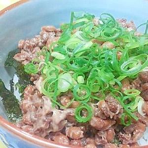 肉そぼろ&納豆の丼