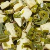 葉ねぎと高野豆腐の煮物