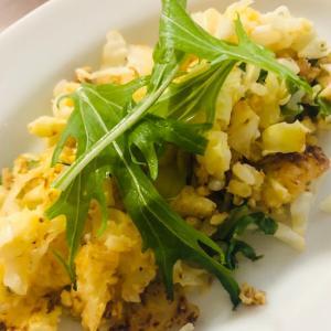 シンプル!野菜と卵のチャーハン
