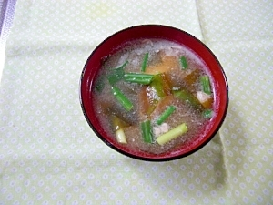 おとし玉子の味噌汁